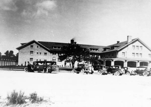 Commercial_buildings_El_Escalante_Hotel
