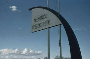 Memorial_Fieldhouse_sign