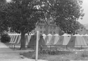 Tent_camp on El Escalante lawn