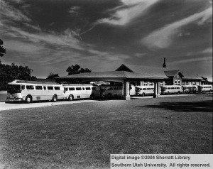 Tour_busses_lined_up