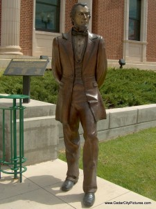Henry Lunt Statue